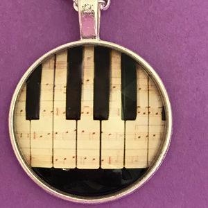 Jewelry - Vintage Piano Keys Silver Tone Necklace